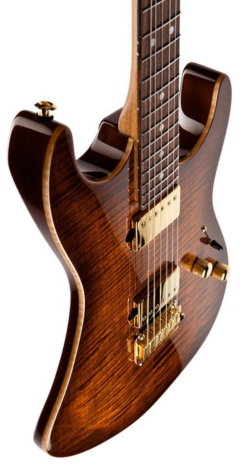 гитарe79bee95336b3dcf30e90