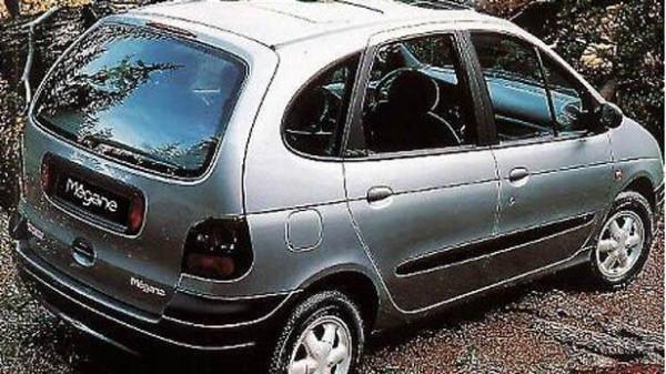 07-Renault-Scenic
