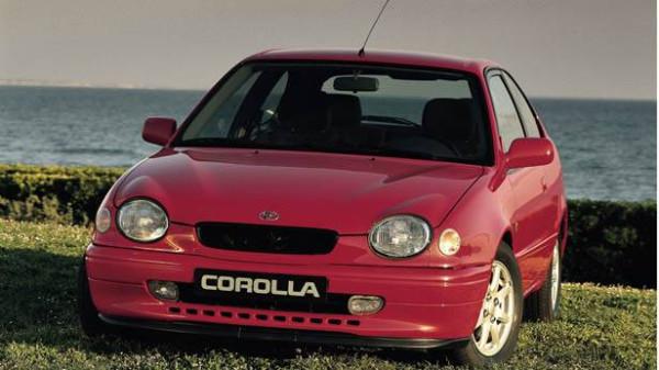 10-Toyota-Corolla