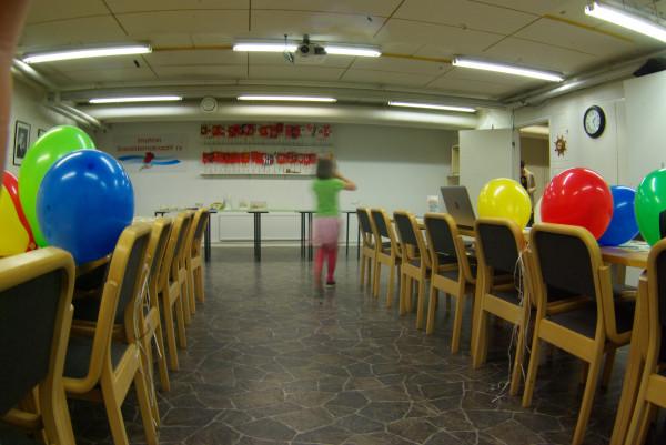 Один день волонтера на театральном фестивале в Финляндии очень, всего, просто, ничего, потому, Финляндии, время, фестиваля, перед, можно, делать, другой, стороны, которые, много, подобное, работать, минут, шарики, только
