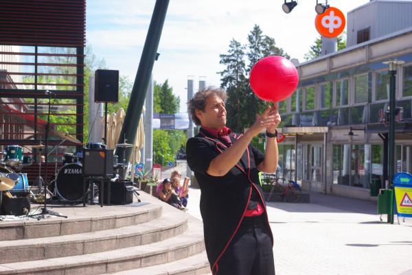 Один день волонтера на театральном фестивале в Финляндии