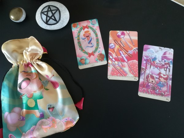 tirada happy tarot.jpg