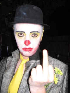 clown_finger.jpg