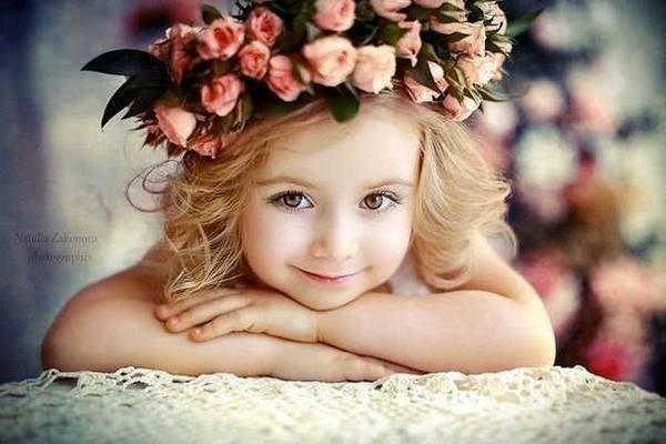 девочка в цветах