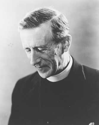 Тейяр де Шарден (1881-1955). Французский антрополог и палеонтолог, первооткрыватель «синантропа», католический аббат