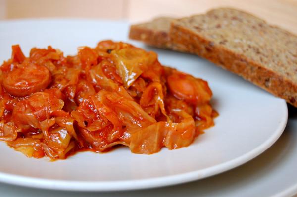 солянка с сосисками из капусты рецепт с фото