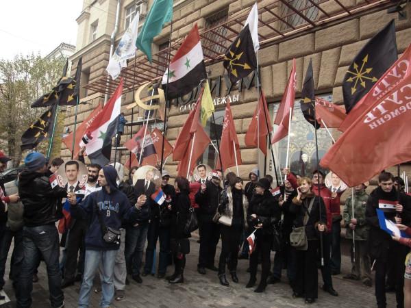 Наталья Макеева на пикете в поддержку Сирии