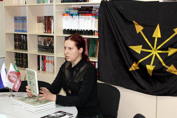 Наталья Макеева Горловка 2015  Векторный лотос