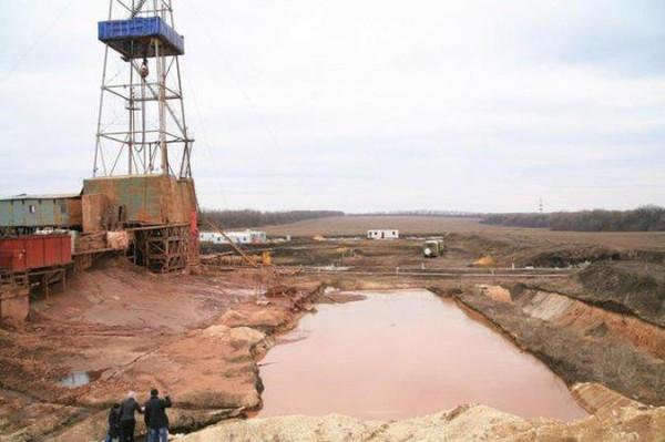 В Славянске уже бурят сланцевый газ