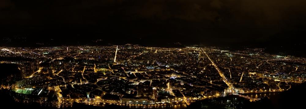 Ночная панорама Гренобля