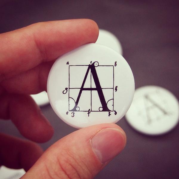 Значок «Построение антиквы Альбрехта Дюрера»