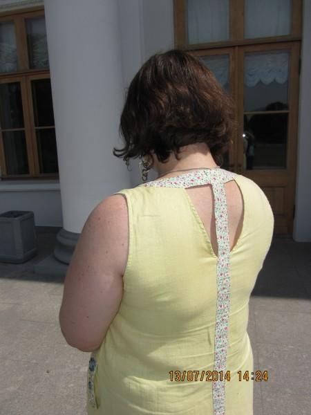 вид сзади платье