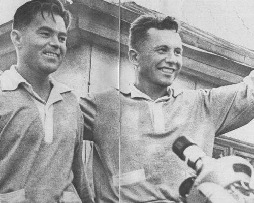 А.Николаев (слева) и П.Попович