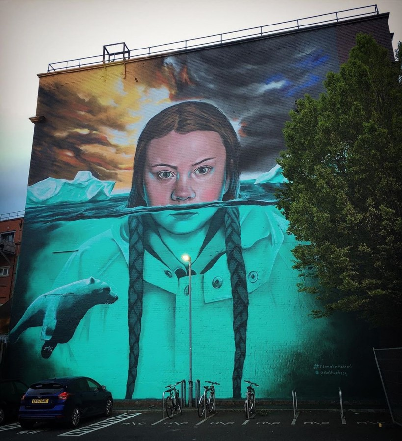 ***By @jody_artist Teenage climate change activist Greta Thunberg has been immortalized in a gigantic new street art mural.