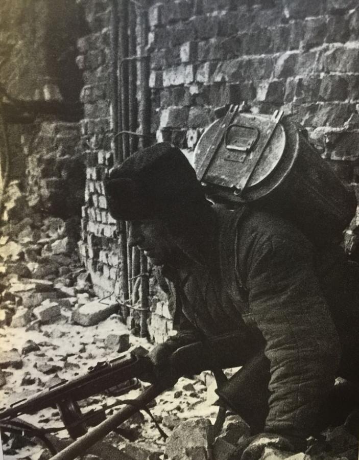 Война - войной, обед по расписанию
