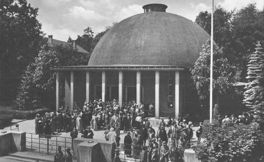 Дома-купола: история и примеры 5