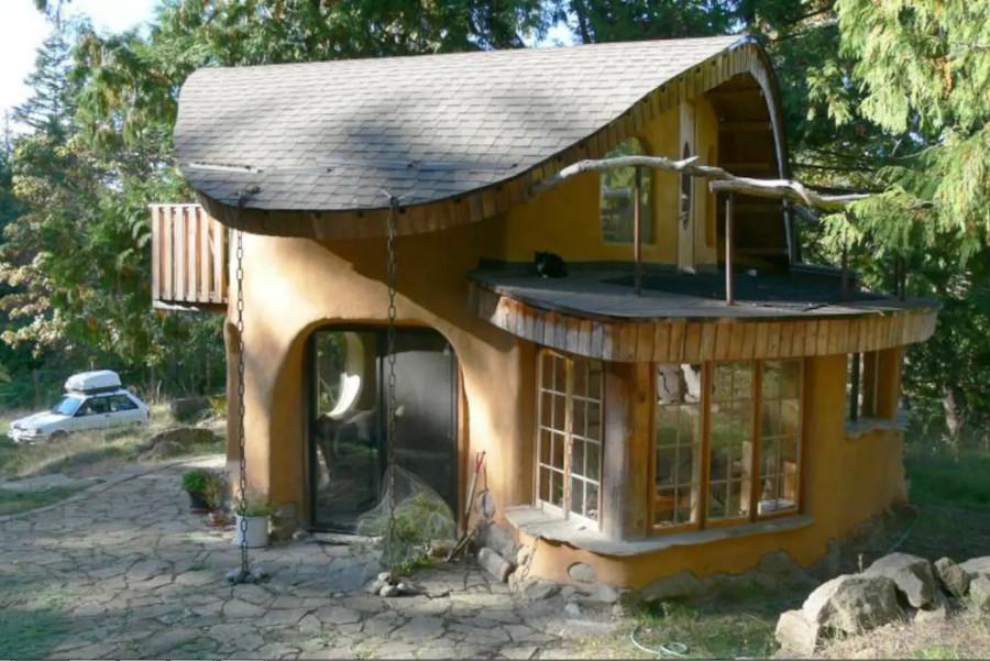 Глиняный домик на острове Мейн, Канада