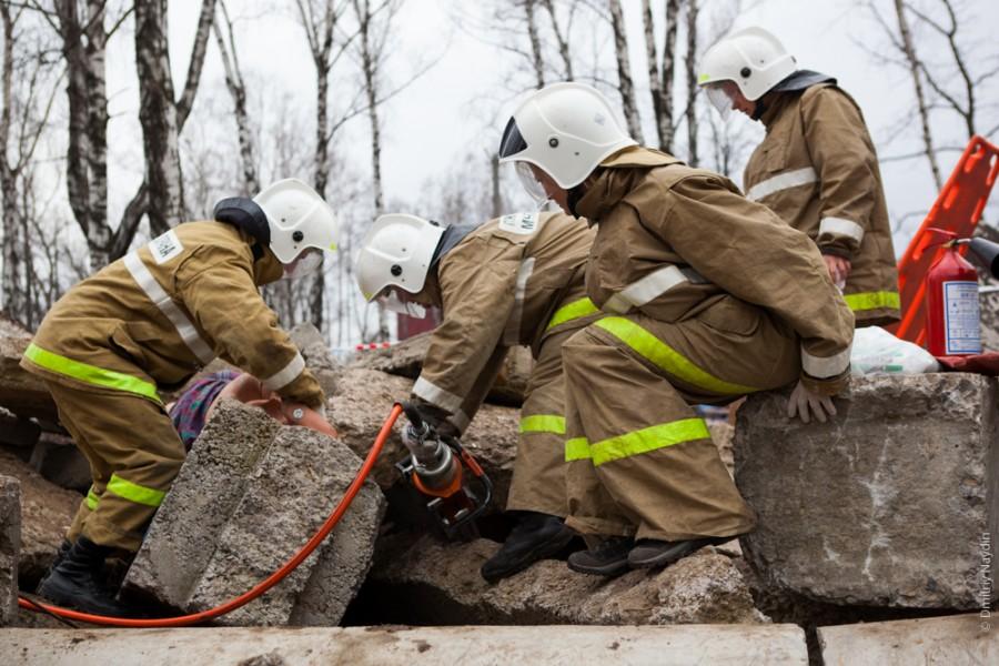 """Результат пошуку зображень за запитом """"Каким должен быть костюм для аварийно-спасательных работ?"""""""