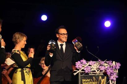 Альберто Иглесиас на церемонии вручения премии World Soundtrack Awards 2012. Фото с сайта www.filmfestival.be. © Hans De Greve