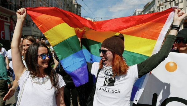 Новости Украины: радикалы устроят радужное месиво на гей-параде в Киеве