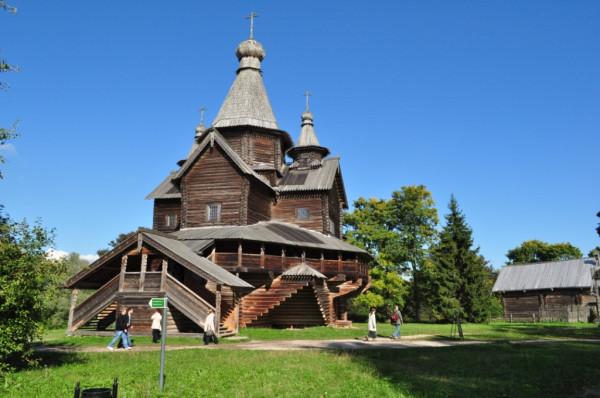 Церковь Рождества Богородицы в Витославлицах