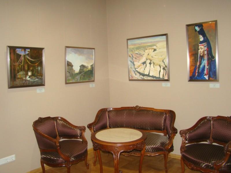 Выставка студенческих живописных работ