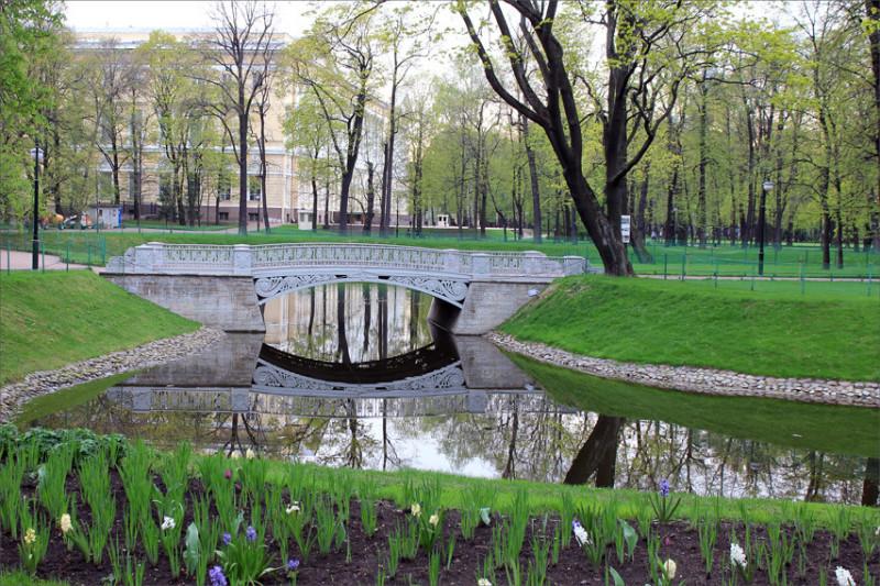 Весна Питер