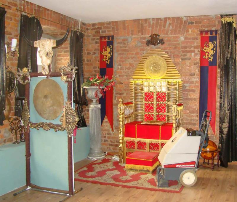Замок на Невском Тронный зал