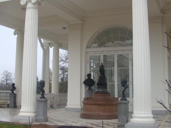 Царское копия памятника