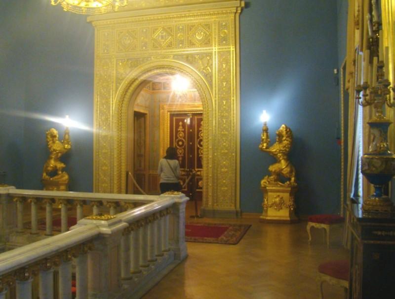 Юсуповский вход в домашний театр