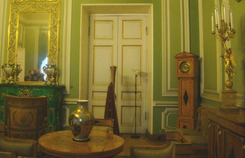 Юсуповский зеленоя гостиная