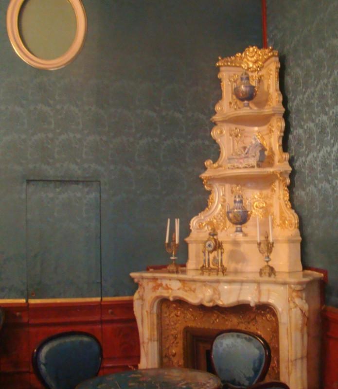 Юсуповский камин в спальне