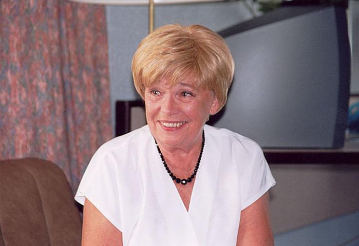 Иоанна Хмелевская