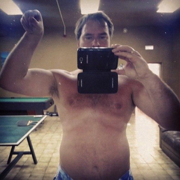 Как убрать жир с живота у мужчин 50 лет