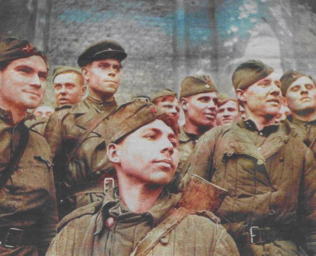 Григорий Булатов, Гришка Рейхстаг, повесился,устав доказывать окружающим свой подвиг.