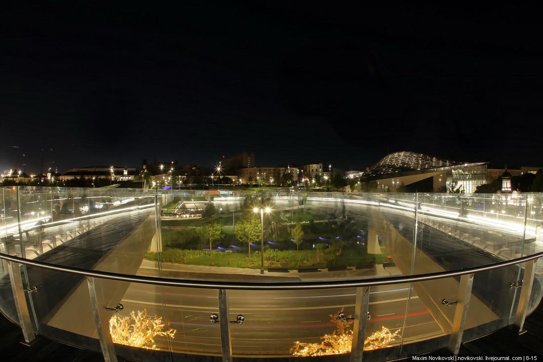 Что происходит ночью в Парке Зарядье москва
