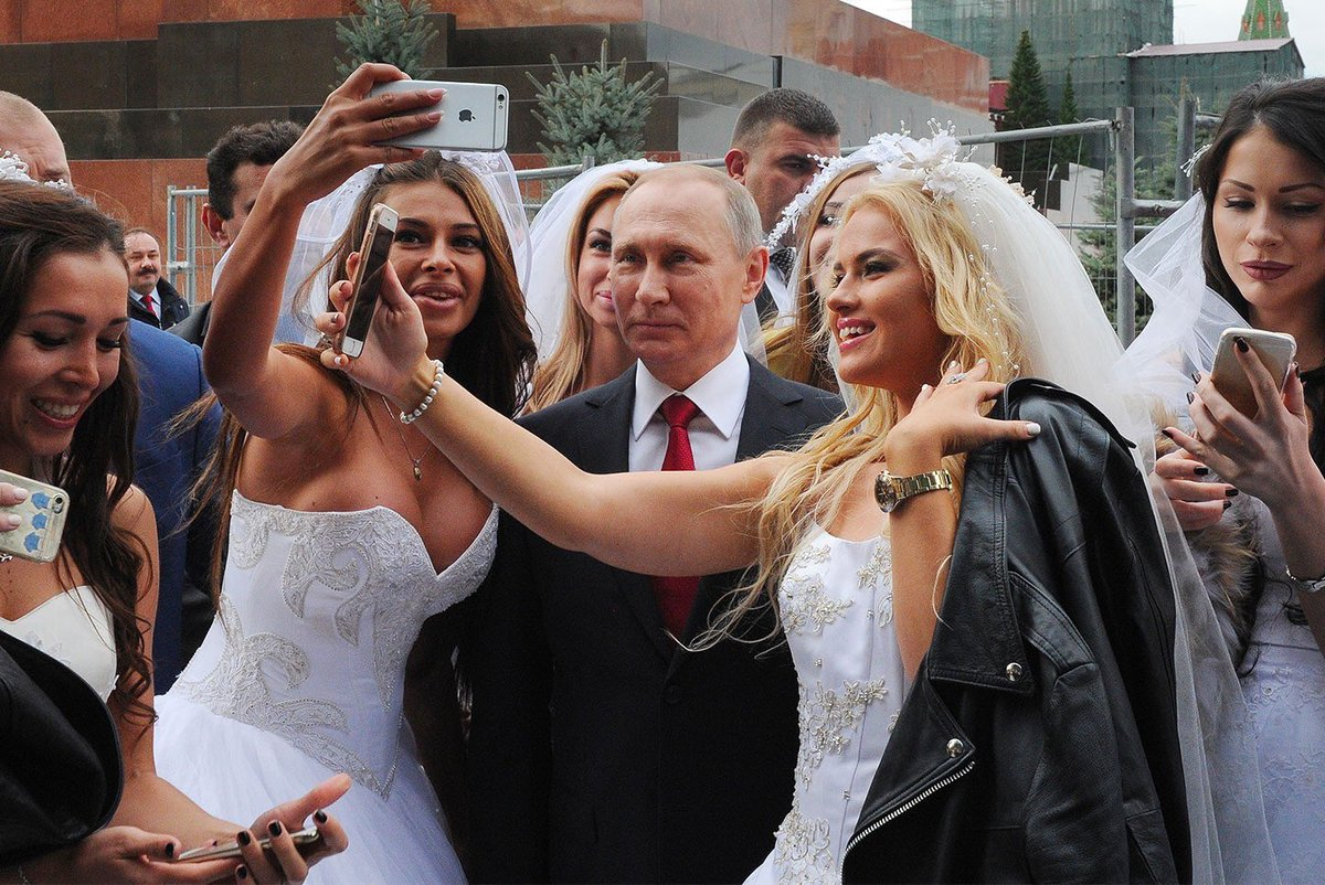 Свадьба - магический обряд одноклеточных куриц