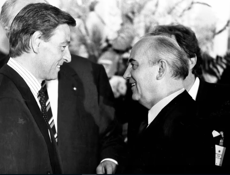 Alfred Herrhausen und Michael Gorbachev