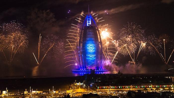 Фейерверки в Дубае