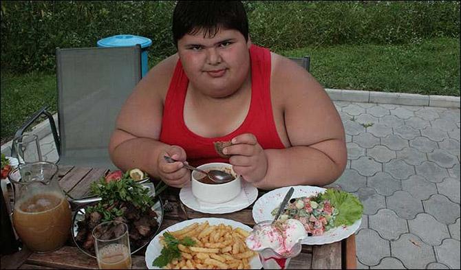 Жирный мальчик