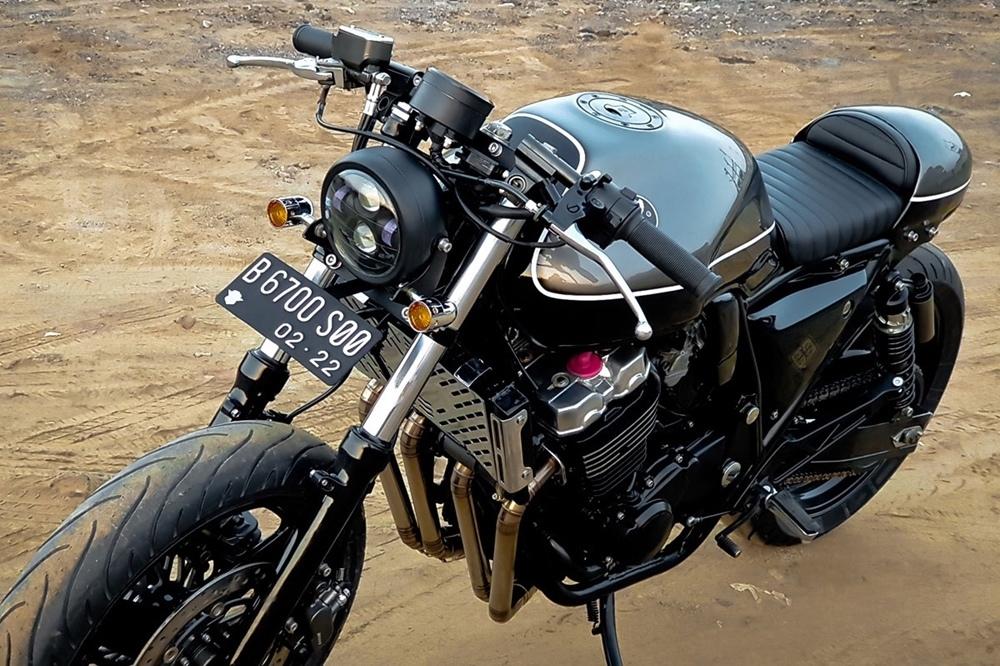 Honda CB400 Big Show