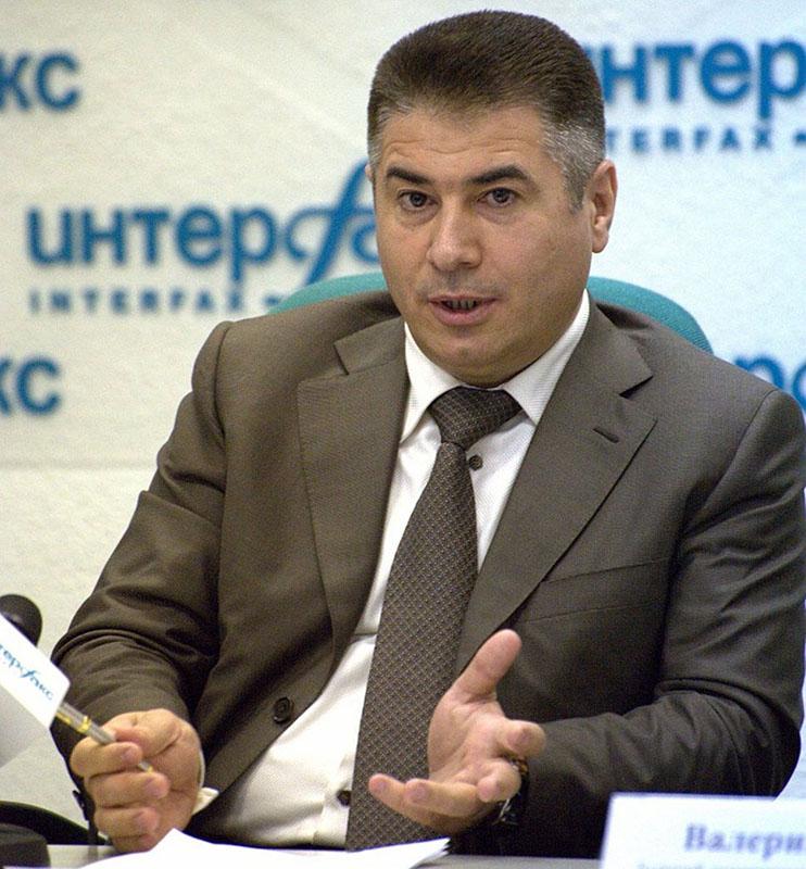 Азад Бабаев