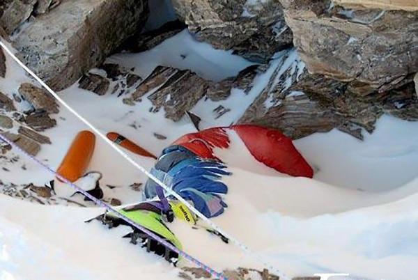 Кладбище трупов на Эвересте