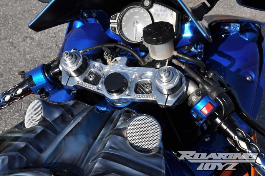 Roaring Toyz Yamaha R1