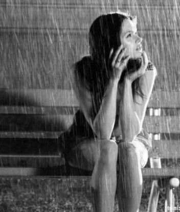 вкривалася дощем знову і знову