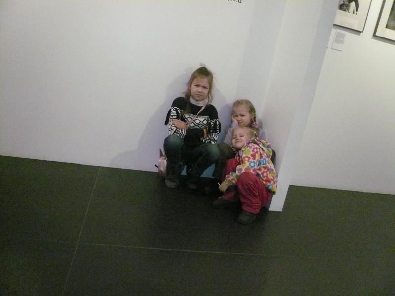 Наши дети, восхищенные выставкой.