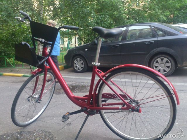 Это обьявление на АВИТО велосипед. песочница. объявление. велосипед,п