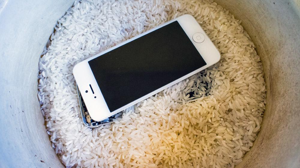 Как можно сделать утопленный айфон