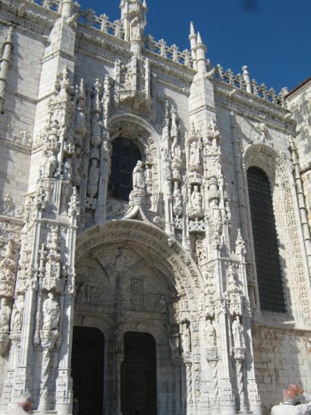 Lisboa-Jeronimush-facade