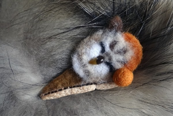 спящий совенок брошь